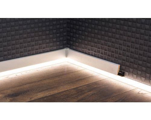 Soklová lišta LED, opál, 250cm